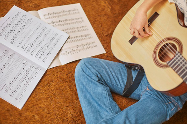 HCDM 61   Music Therapy